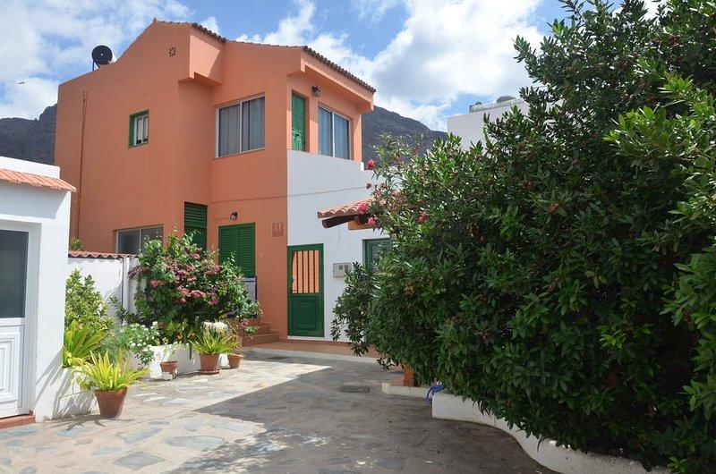 Casa Olivier Bajo-Playa Maria, holiday rental in Vueltas