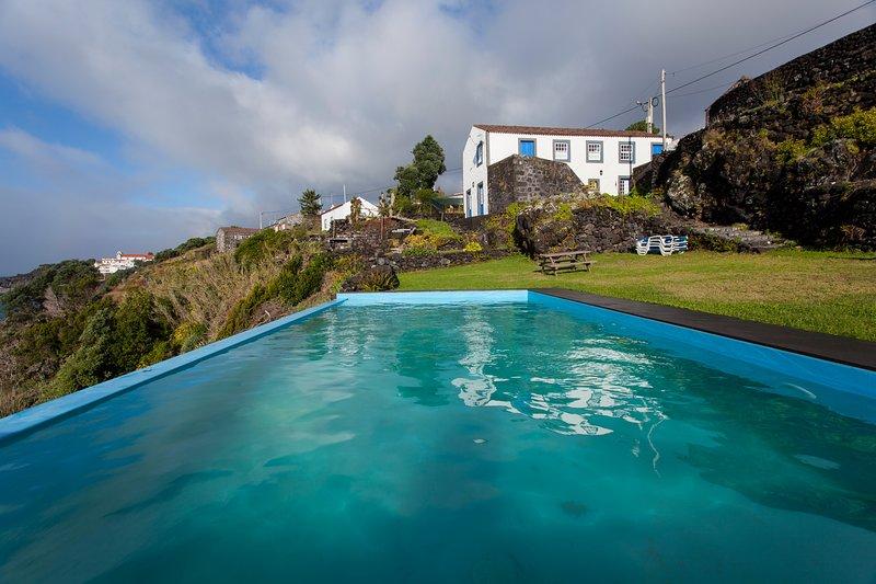 Glicinias do Pico Blue House, aluguéis de temporada em Pico