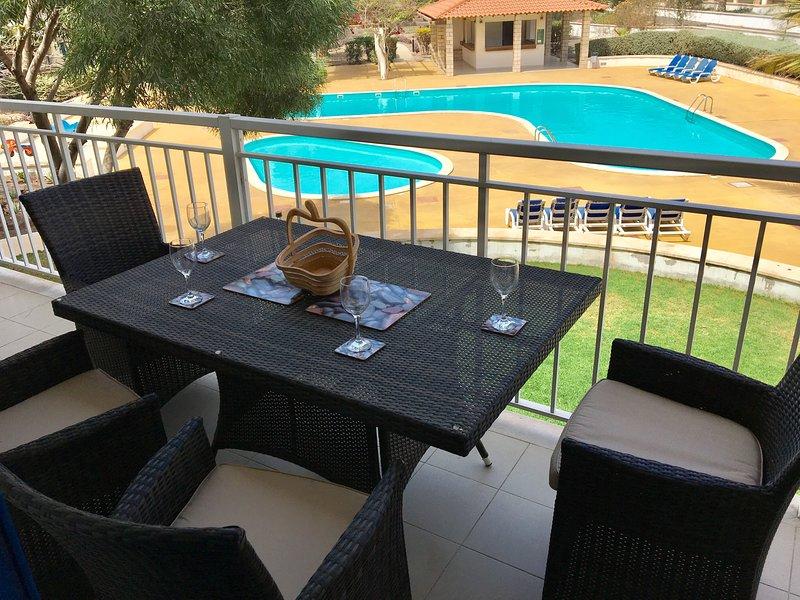 2 Bedroom 2 Bathroom Apartment Villa Verde FICUS Block, casa vacanza a Sal