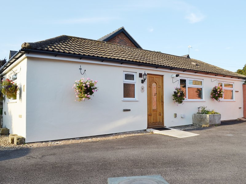 Stable Cottage, holiday rental in Ainderby Quernhow