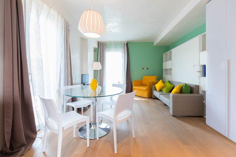MONOLOCALE A DUE PASSI DAL MARE, vacation rental in Porto Garibaldi