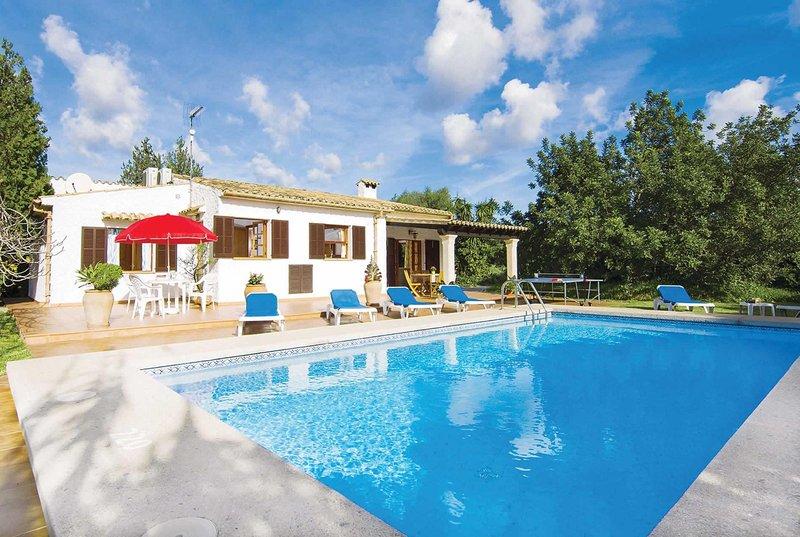Quiet Rural Vllla w/Pool, AC & Beautiful Gardens Chalet in Puerto Pollensa
