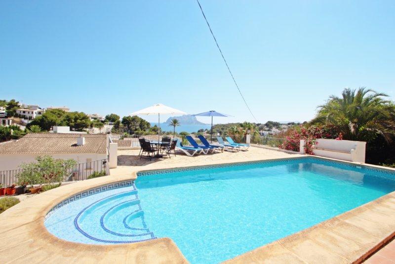 Anna-2 - sea view villa with private pool in Benissa, holiday rental in La Llobella