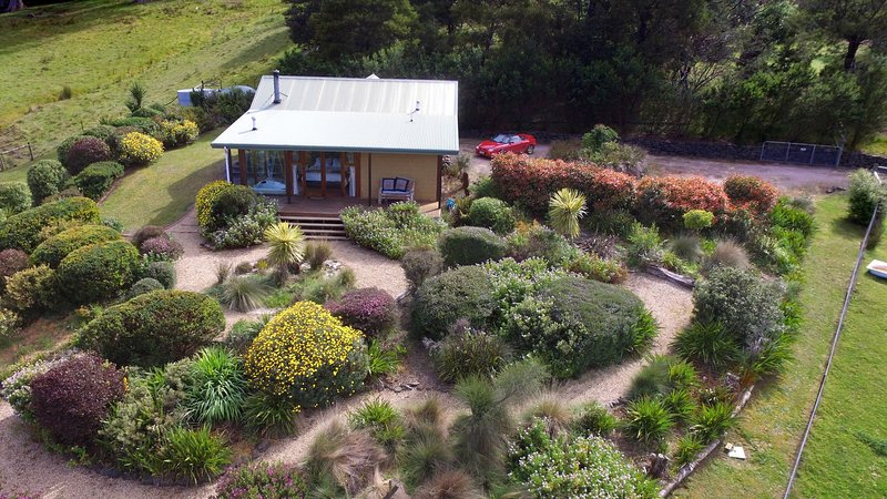 Shanleys Huon Valley, holiday rental in Castle Forbes Bay