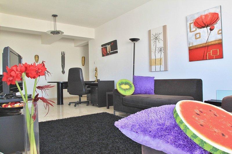 Lazaros Center 2 bedroom apartment – semesterbostad i Livadia