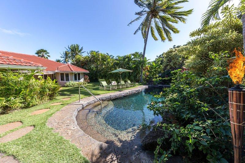 Loke Lani luxury home with Pool/Hot Tub and AC, holiday rental in Poipu
