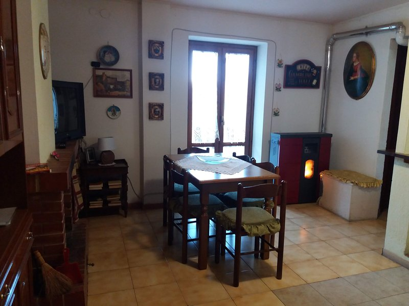 Appartamento Carla-Viola, vacation rental in San Giovanni in Fiore
