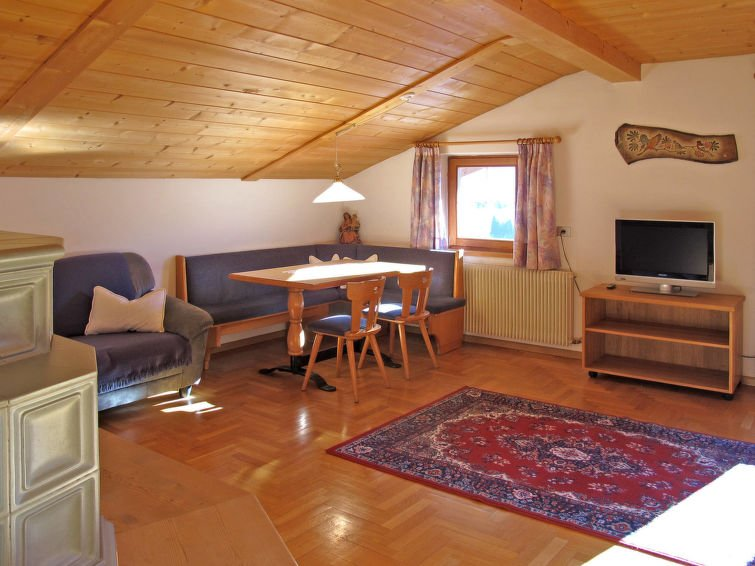 "<span class=""translation_missing"" title=""translation missing: en.shared.featured_properties.alt_for_rent, resort: Val Gardena-Ortisei"">Alt For Rent</span>"