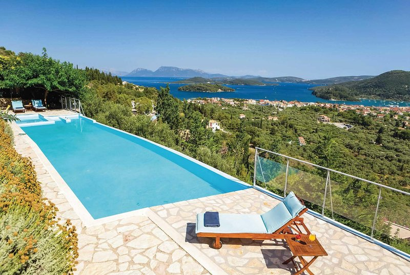 3bed & 3bath villa with private pool., holiday rental in Ellomenos