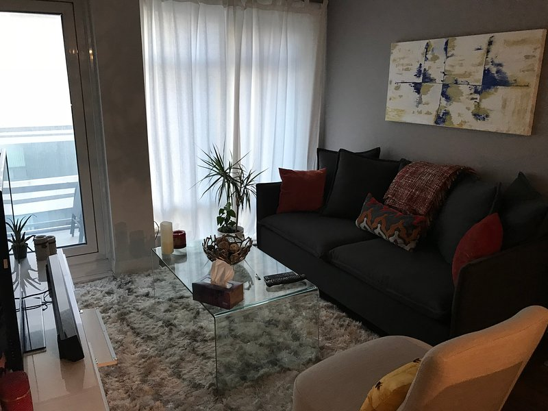 Luxurious, modern & charming apartment Has Terrace and Cable