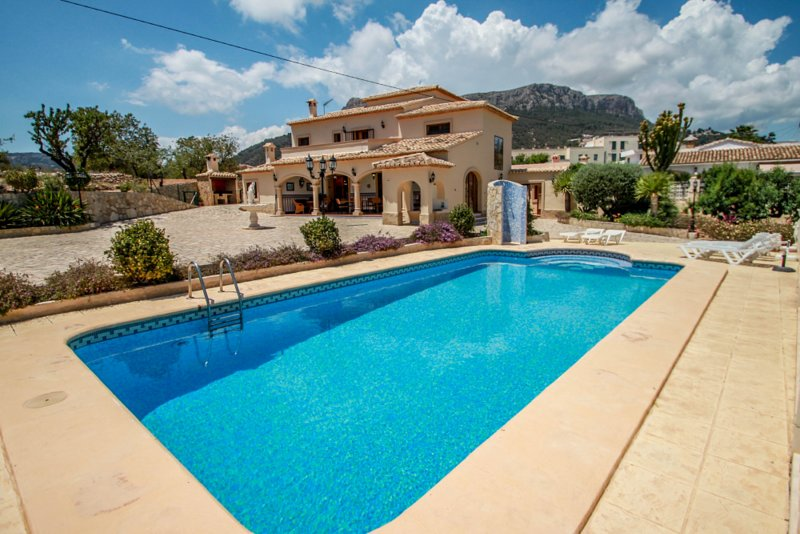 Sala I - family-friendly holiday house in Calpe, holiday rental in Calpe