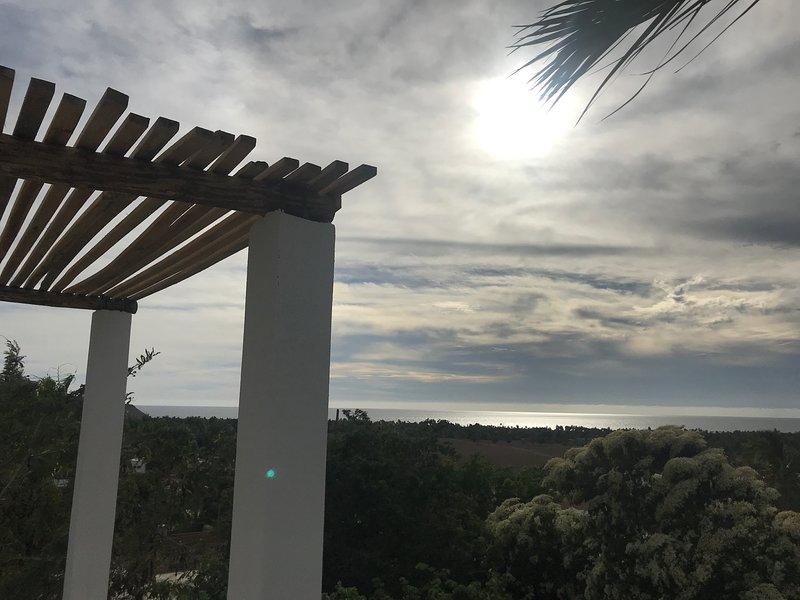 Terraza con vista al mar, sin terminar hasta marzo de 2019.