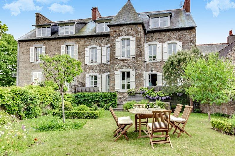Grande maison traditionnelle rénovée à Saint-Briac, alquiler de vacaciones en Saint-Briac-sur-Mer