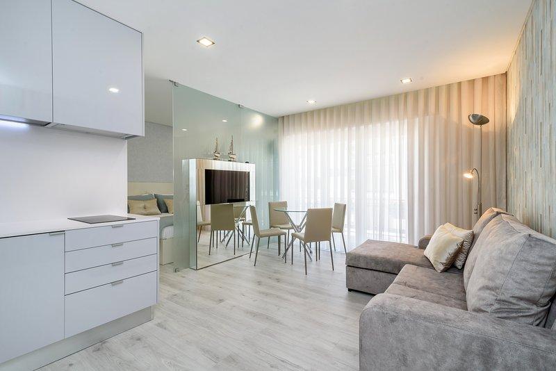 Parede Suite & Beach | Luxurious Edition, casa vacanza a Parede