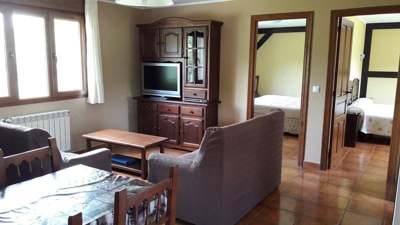 Apartamento El Castañeu, holiday rental in Soto de Cangas
