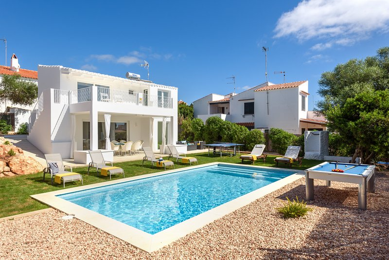 Villa Molly, vacation rental in Cala Llonga