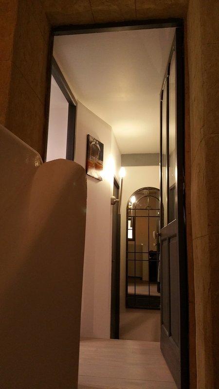 Escalier principal commun et entrée Loft