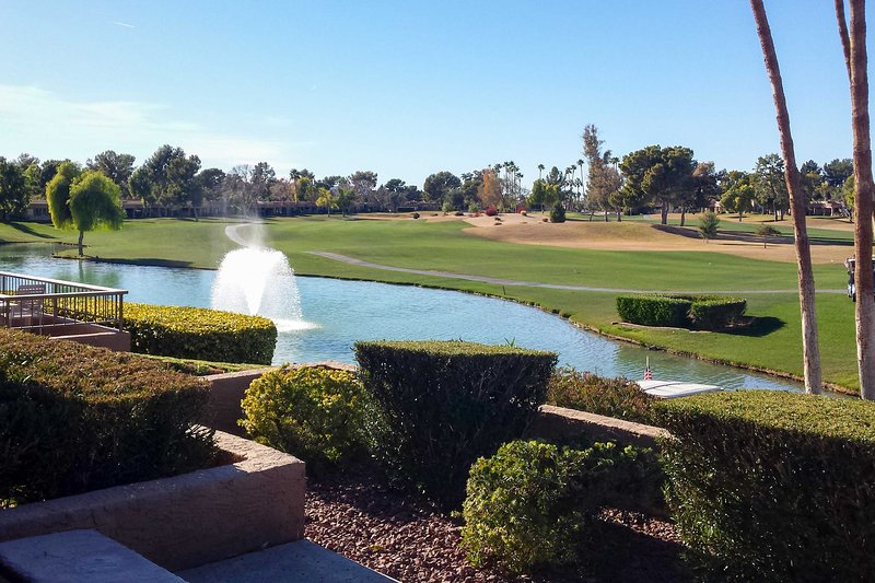 Dos hermosos campos de golf están a poca distancia!