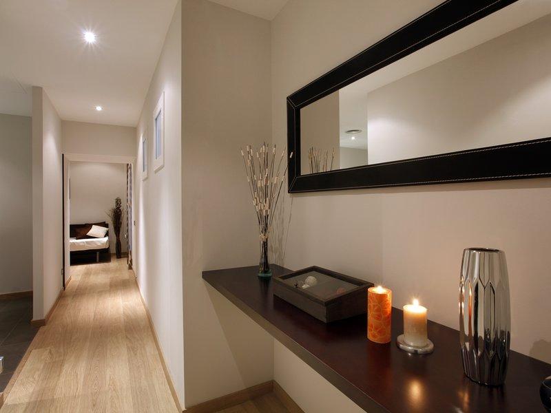 3 bedroom modern apartment located in the city center, alquiler de vacaciones en Barcelona