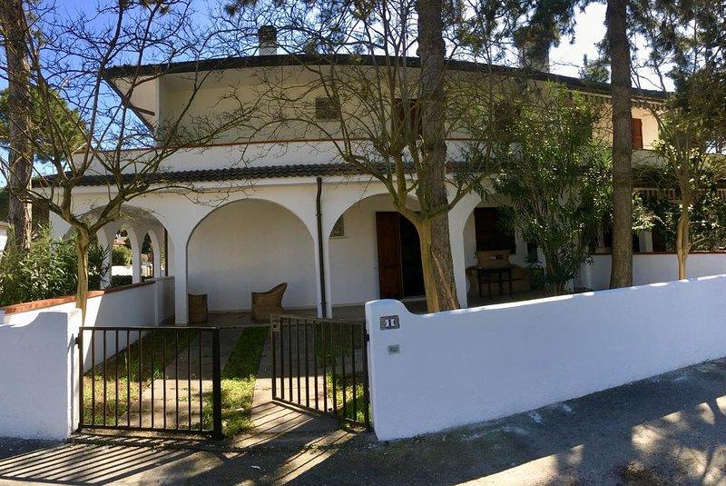 Grande Casa Vacanze Lido Estensi, vacation rental in Porto Garibaldi