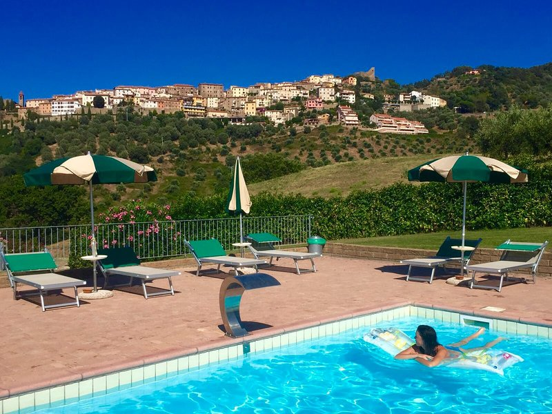 casa vacanze BICCHI BELVEDERE, vacation rental in Scarlino