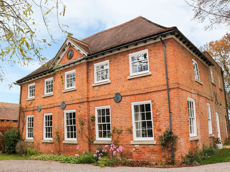 The Coach House, 2 bedrooms, Woodburner, En-suites, Hereford, holiday rental in Grafton