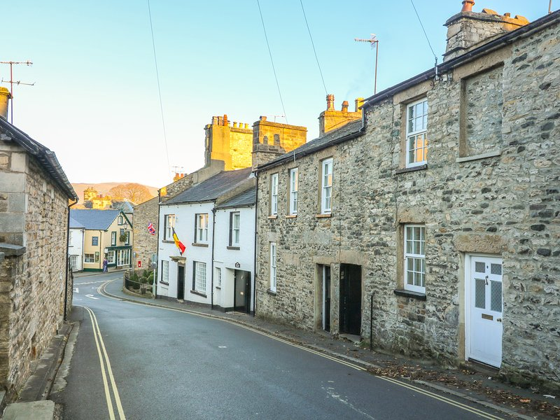 Cosy Cottage, holiday rental in Kirkby Lonsdale