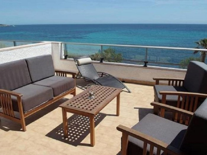 Apartment with terrace by the beach with sea view - Antic 202, location de vacances à S'illot
