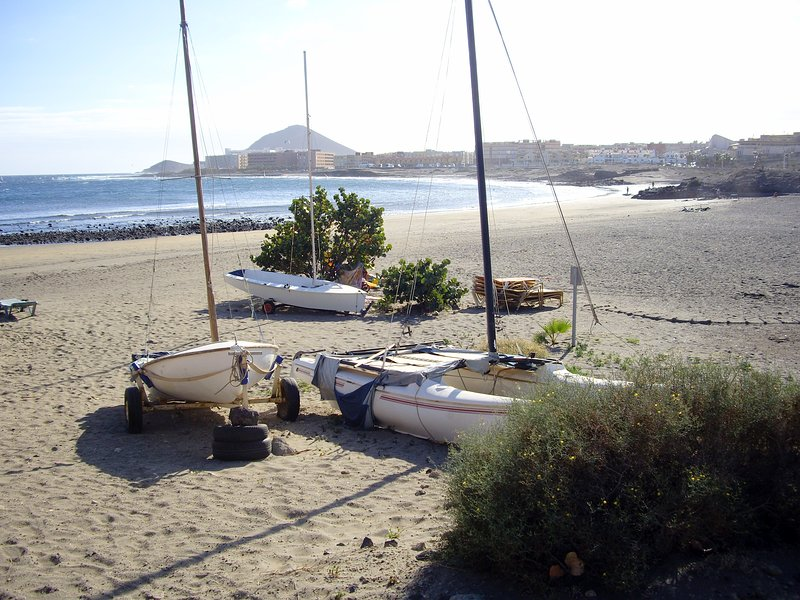 Playa la Jaquita (a 350 mts.)