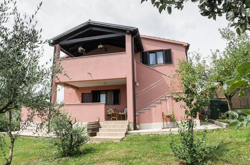 3 bedrooms, nice view on nature, 2 apartments., vacation rental in Zminj