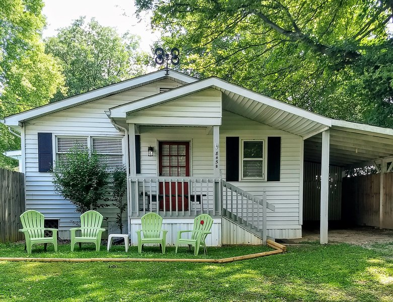 Bungalow In The River Bend, holiday rental in Bowling Green