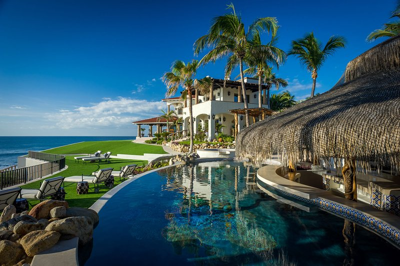 Experience a top of the line luxury that only the East Cape of Los Cabos has to offer at Casa Bellamar!