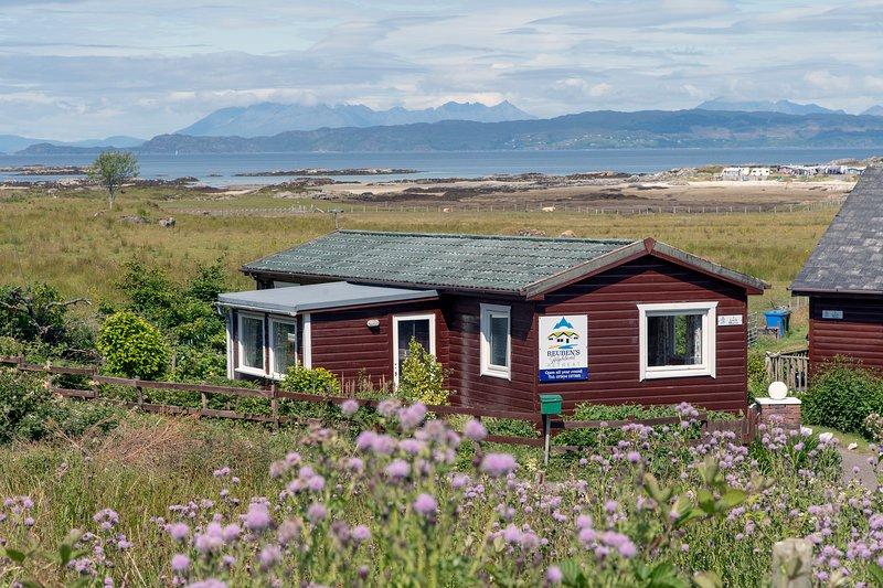 Lodge Loch Morar, holiday rental in Sleat
