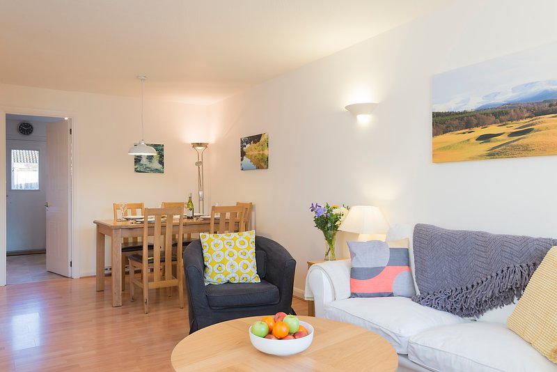 Manuka Cottage, Aviemore, holiday rental in Badenoch and Strathspey