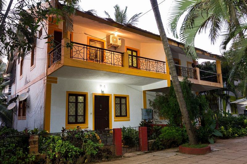 Al onze 2 BHK-villa's bevinden zich in fase 1 en hebben een eigen balkon met uitzicht op de tuin