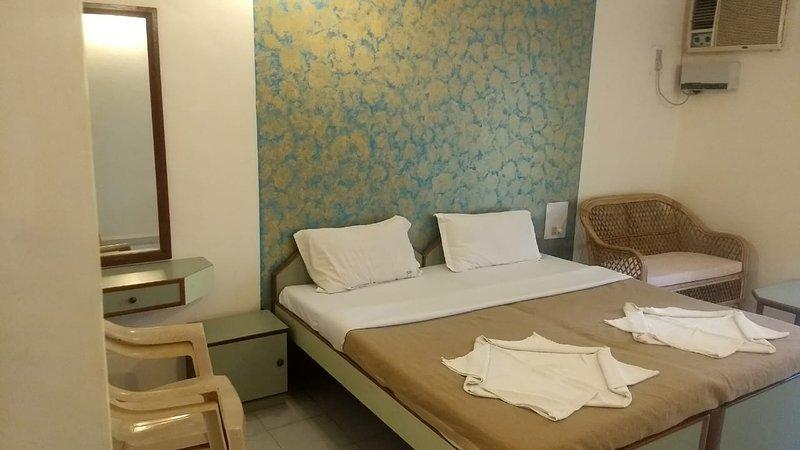 Home in resort at Calangute, Arpora near baga, holiday rental in Saligao