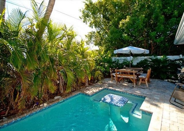 Egret's Landing - A private pool home, only minutes to the beach!, vacation rental in Holmes Beach