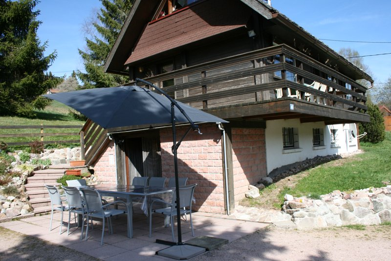 Chalet - 500 m from the slopes, vacation rental in Stosswihr