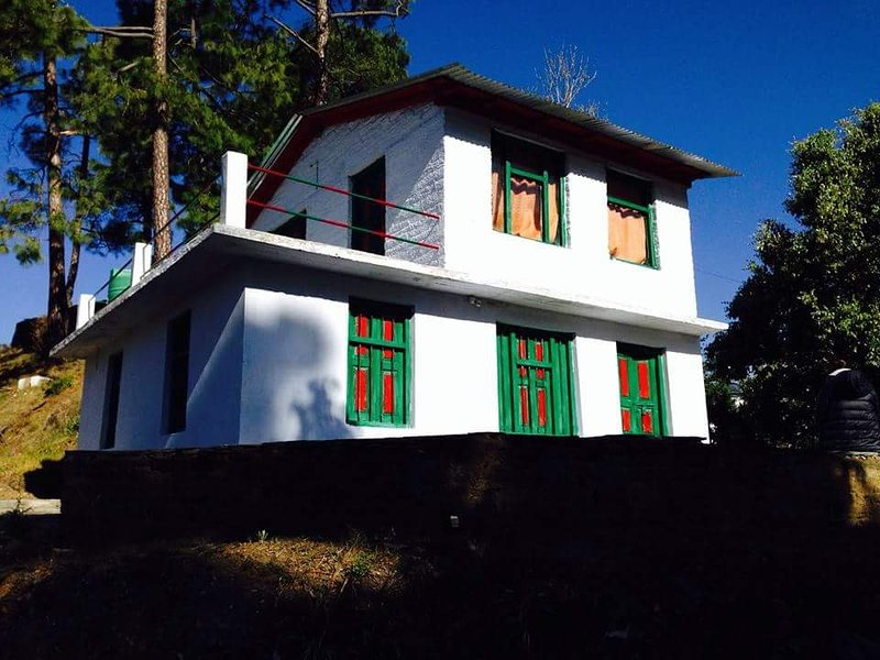Joshicottage Home- stay Dalar Village Binsar wildlife Sanctuary, vacation rental in Jageshwar