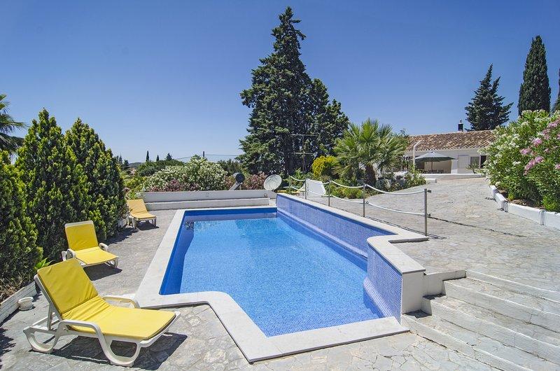 PTM15V2 Casa acolhedora em residencial de qu, vacation rental in Montes de Cima
