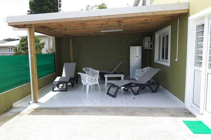 Appartement Maximus au cœur de l'île, alquiler vacacional en Ducos
