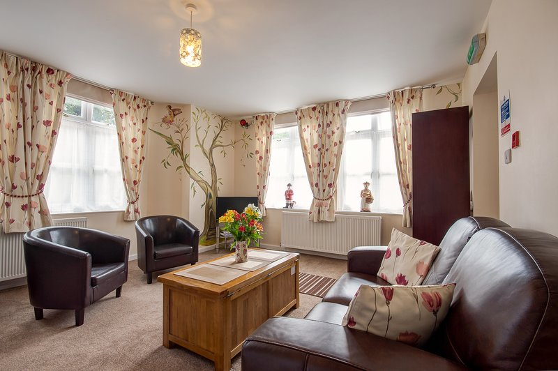 HEYWOOD HALL (Elizabeth), holiday rental in Farley