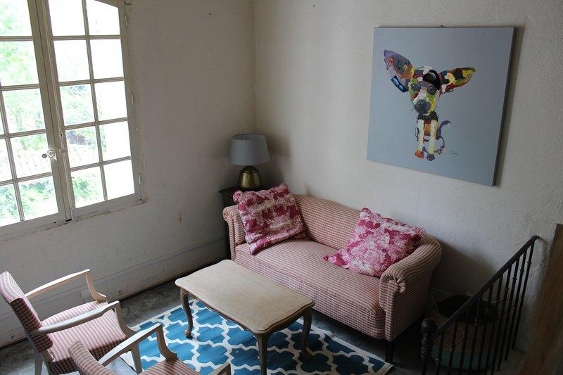 Nice house in Villeneuve & Wifi, location de vacances à Volx