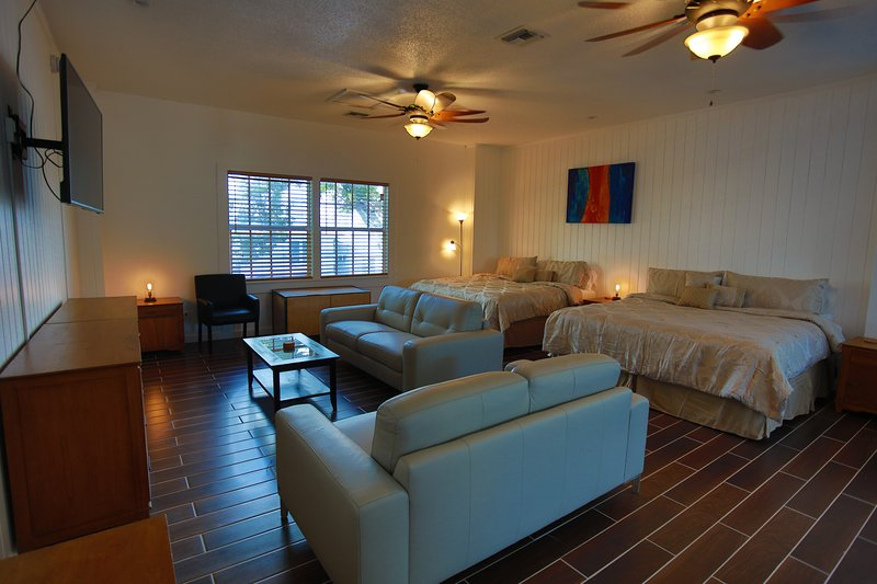 Key West Suites Hotel 205, vacation rental in Key West