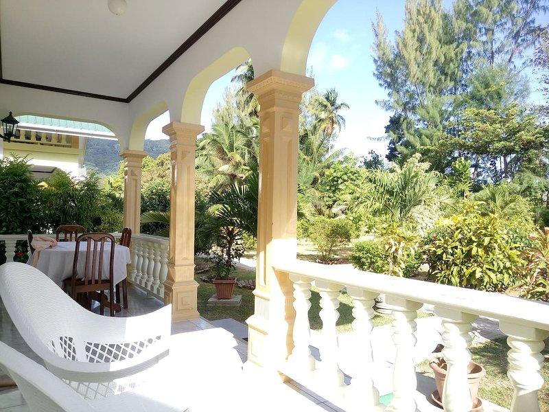 Villa Payanke aux Chalets Anse Reunion, location de vacances à La Digue Island