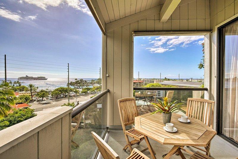Top-Floor Ocean View Kailua Bay Resort Condo!, vacation rental in Kailua-Kona