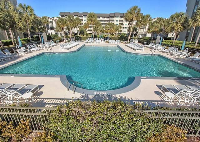 Shorewood 103 - Oceanfront 1st Floor Condo, vacation rental in Hilton Head