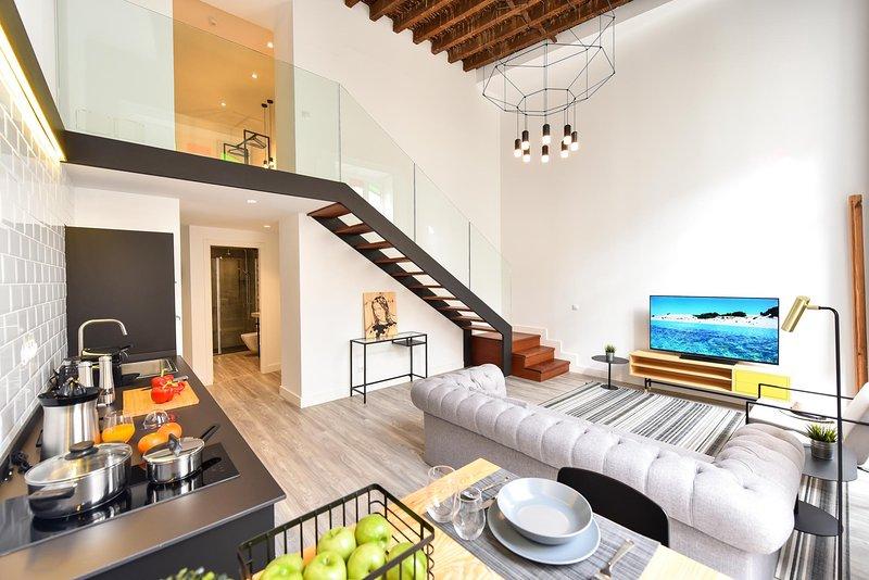 Luxury Apartment Ines OFF TRIANA, aluguéis de temporada em Pino Santo