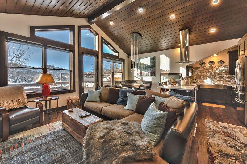 Deer Valley Comstock Lodge 303 - 2 Bedroom, 2 Bath, Sleeps 4