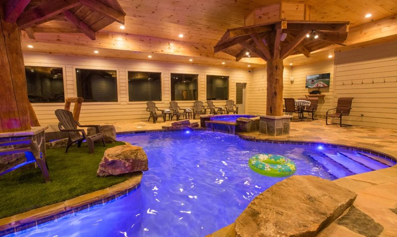 Mountain Lodge With An Indoor Pool 6 Bedrooms 7 1 2